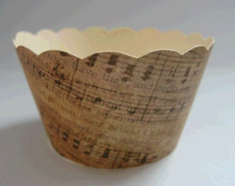 CUPCAKE WRAPPERS - Vintage Printed Music Design x 10 cup cake wraps ~ Cream CCVL31