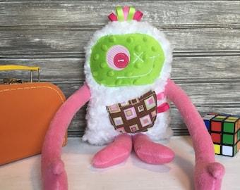 Monstre à Câlins au choix: toutou rose et vert avec poche à carreaux, peluche pour enfant, cadeau fête/baptême/shower/Noël, Prêt à partir