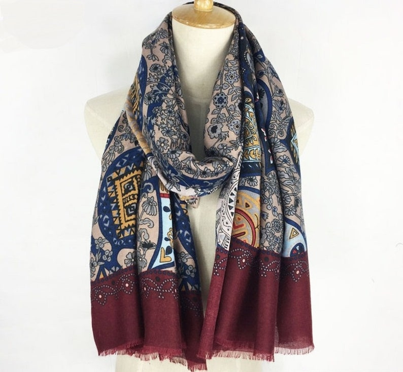 26cf54eae3e Noël écharpe foulard fleuri Bordeaux Bordeaux foulard foulard