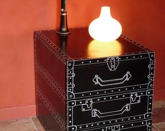"""Caisson vintage métallique à tiroirs, décor de valises stylisées façon BD - Pièce unique """"Anatole"""""""