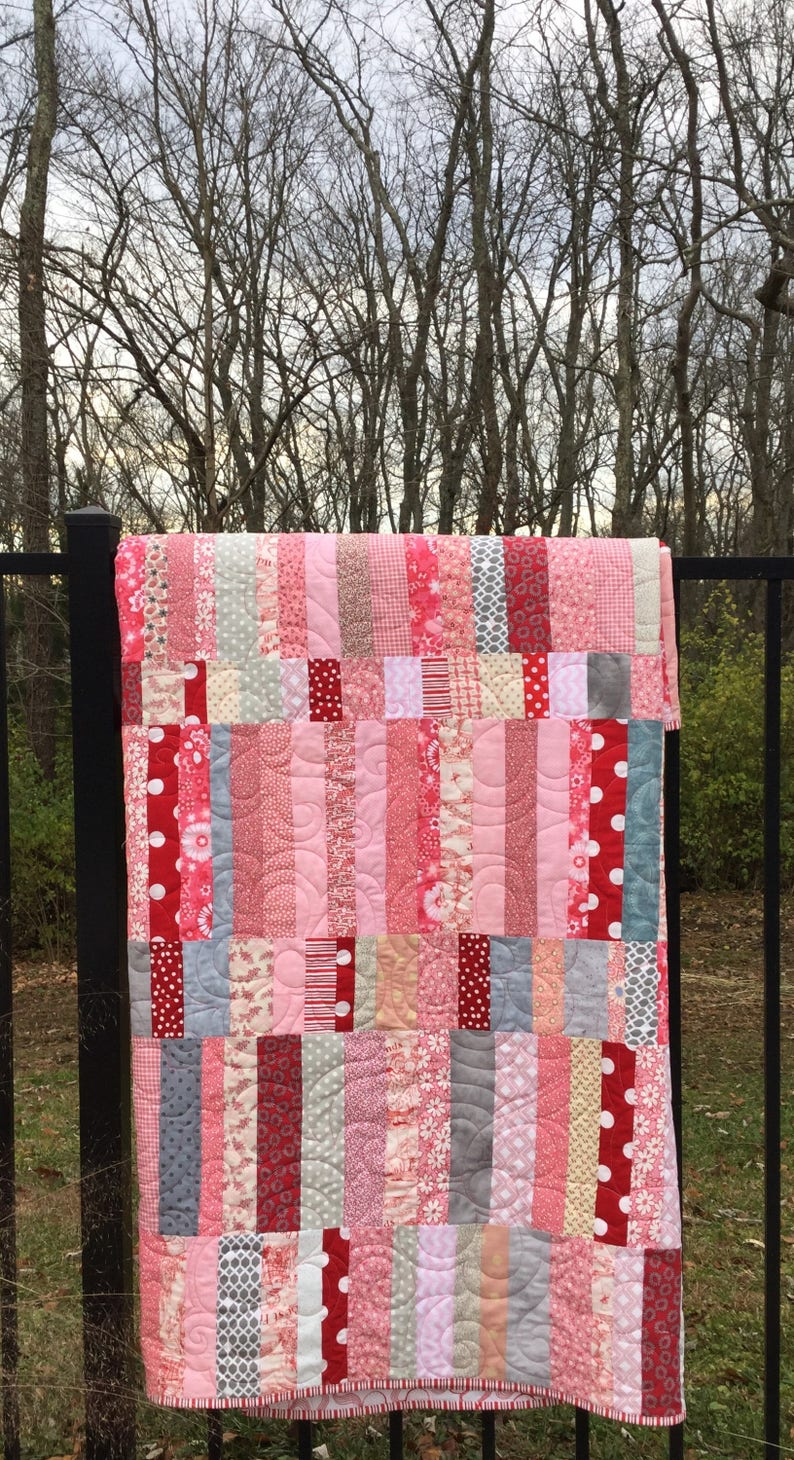 large throw quilt modern large lap quilt homemade red pink quilt feminine modern quilt Made to order Handmade pink red quilt
