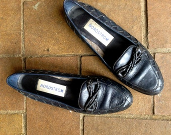 92c522ec460 Summer Vintage 1960 s Nave Blue Prep school Nordstrom s leather  loafers  Classy Classic Slip-ons  Leather Mesh  Size 6.5 Made in Brazil