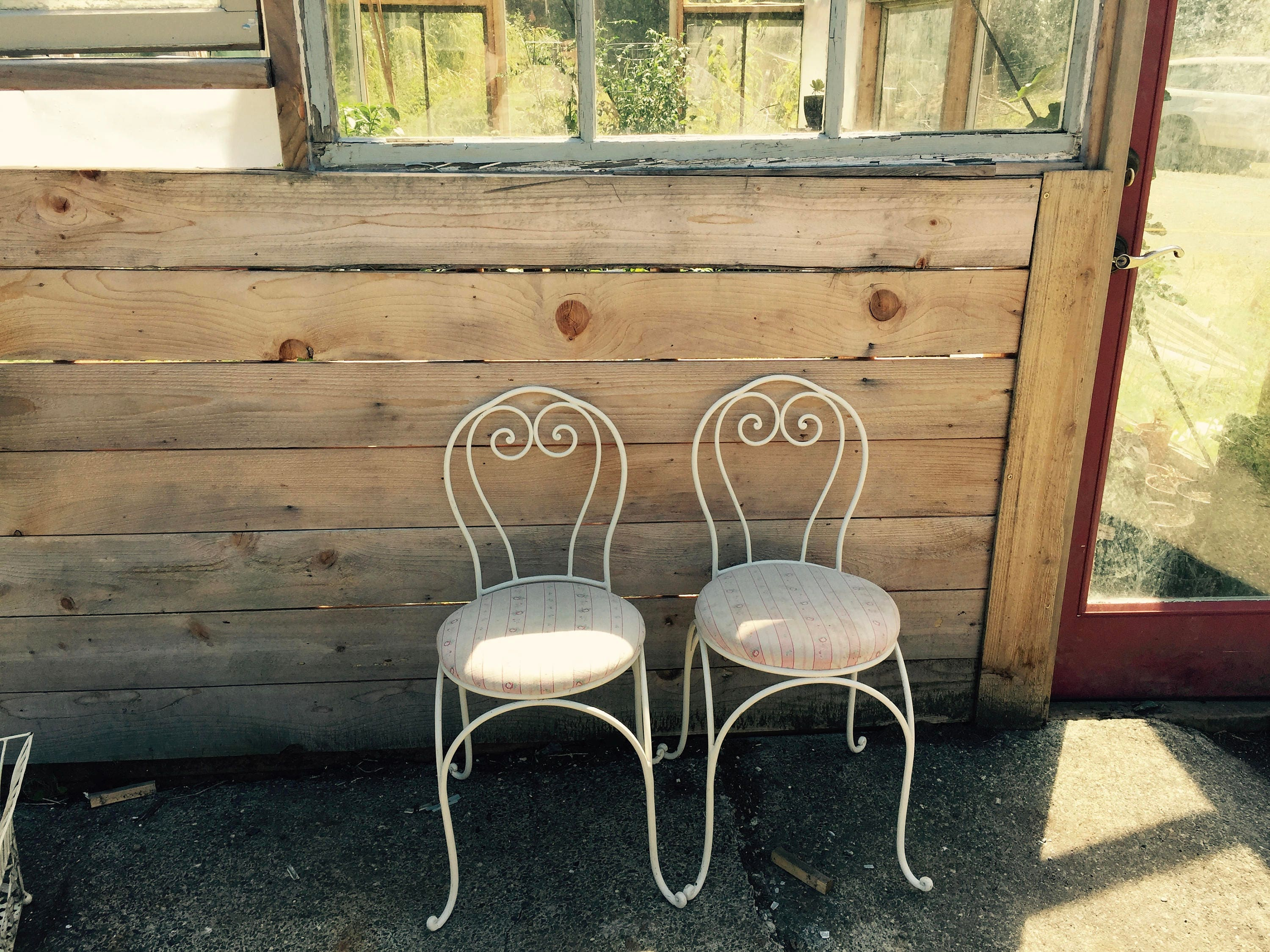 Vintage Ice Cream Parlor Chairs//Set Of Two//Childrenu0027s Chairs//White  Enamel And Iron