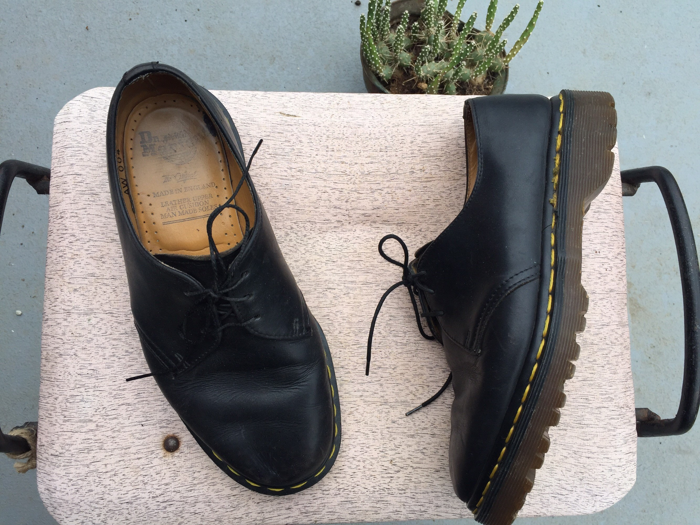 f921ccd57fb Vintage size 8 doc martens black leather platform oxford tie shoes MADE IN  ENGLAND