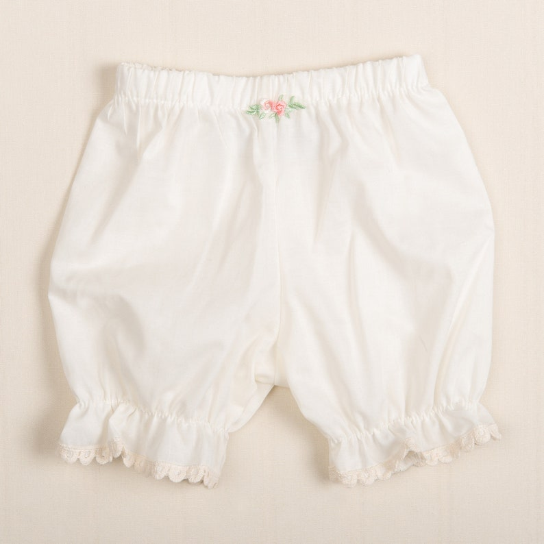 Lace Baby Girl Bloomers Ivory Cotton Flower Bloomers Baby Girl Clothing Baby Girl Bloomers Baby Girl Cotton Bloomers /'Clementine/'