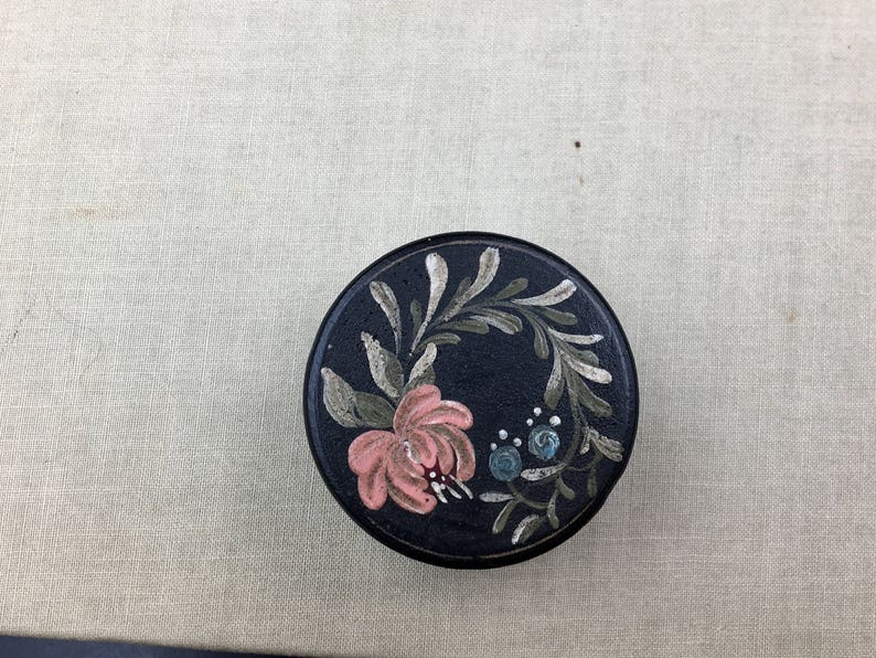 Tole Painted Wooden Box Vintage Small Wooden Box Covered Box Ring Box Vintage Trinket Box Round Wooden Box