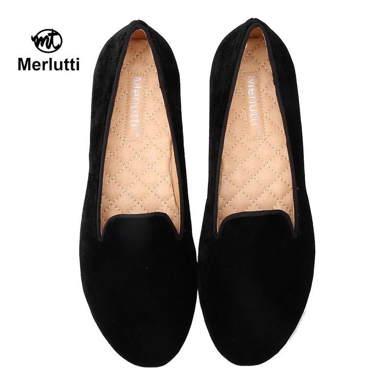 a47d1001524 Merlutti Women Plain black Velvet Loafers
