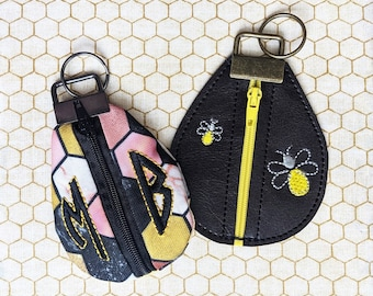 Teardrop Coin Pouch Zipper Bag, Fabric & Vinyl - In the Hoop Embroidery Design - DIGITAL Product