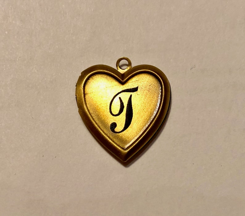Personalized Monogram A THRU Z Gold Plated Heart 20mm diameter PHOTO Locket on gold plated Chain 16 Necklace Choose your letter.