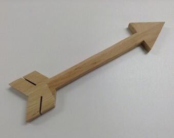 Arrow wood oak - 40 cm in length - wall decor - reclaimed wood