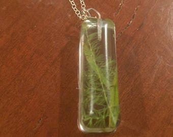 Green Natural Leafy Resin Jewelry on a Silver Chain