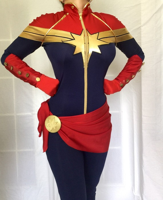 Captain Marvel Carol Danvers Belt Clasp Prop 3d Printed For Etsy The costume guide to all of captain marvel / carol danvers outfits, portrayed by brie larson, in captain marvel. captain marvel carol danvers belt clasp prop 3d printed for cosplay