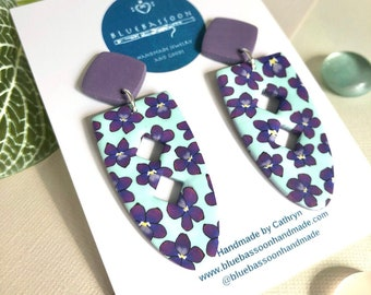 Violets: Pack Baskets