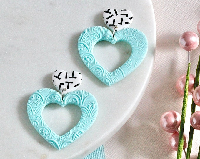 Embossed Pastels: Open Hearts