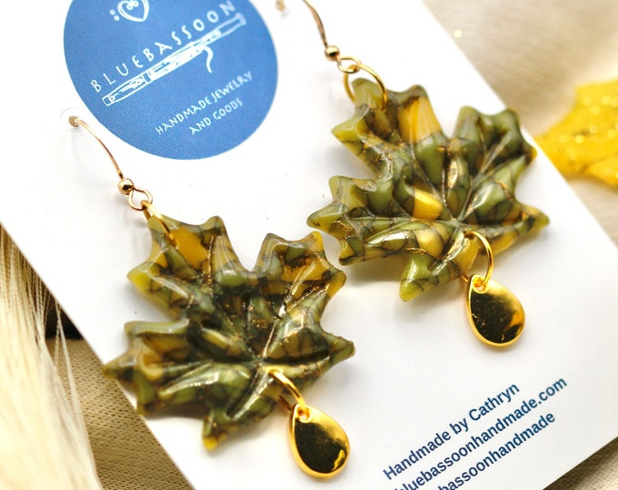 Large Maple Leaves: Olive Green and Gold