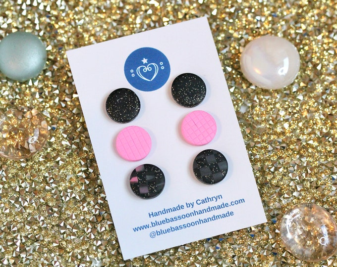 Pink and Black Check: Round Stud Pack