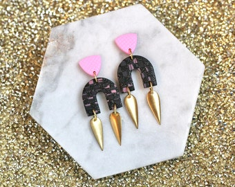 Pink and Black Check: Dagger Arches