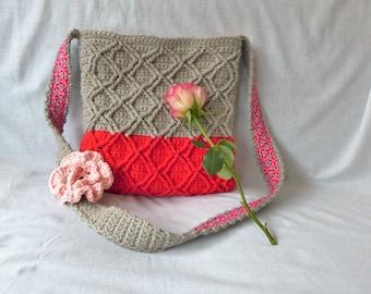Crochet pattern cable diamond bag (US terms)