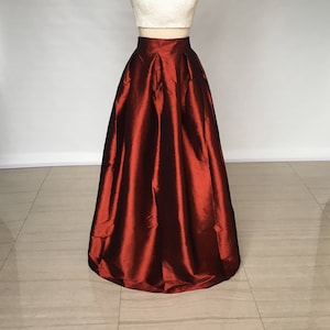 Miss Cynthia/'s Day skirt ~ Taffeta skirt with Pleated waistline ~ pockets at side seam ~ fully lined