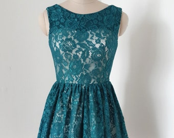 2015 V-back Dark Teal Lace Short Bridesmaid Dress