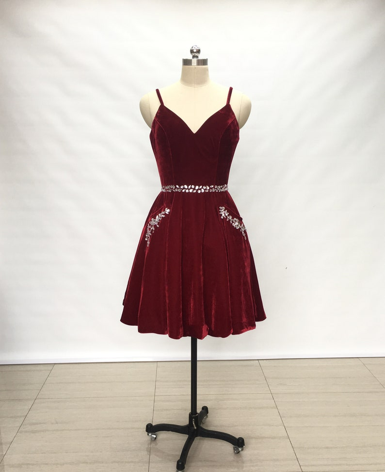 6b7910c807c Spaghetti Straps Burgundy Velvet Short Homecoming Dress with