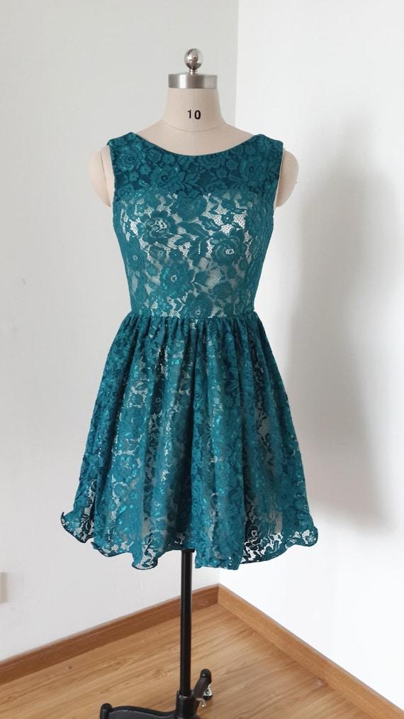 V Back Dark Teal Lace Short Bridesmaid Dress