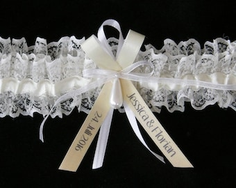 Wedding Bridal Lace Ivory Garter Ombré with  Bride and Groom / Couples Names and Wedding Date Strumpfband Spitze beige Namen