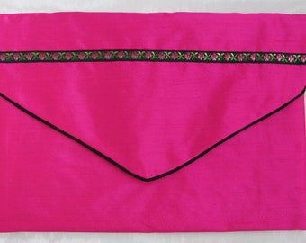 Nightdress case or lingerie case in bright pink silk and flower braid.