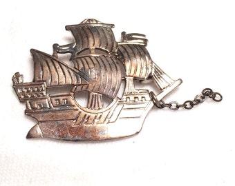 Vintage 925 sterling silver ship / boat  brooch/ pin