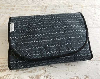 Universal Pram Liner - Stroller Liner - Charcoal Grey with White Wave Stripe - Reversible - Double Lined