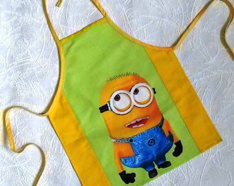 Nice Cooking apron Childrens Apron for kids Boy Girl apron Green Yellow Childs Cotton apron Cute Kitchen apron Minion Gift for grandkid
