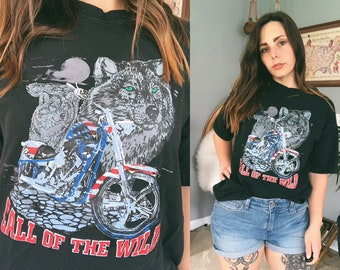 19036be4 Call of the Wild Motorcycle Wolf T-Shirt | Biker | Wolf Pack | American  Flag | Size Large