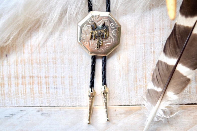 Western Saddle Bolo Tie