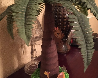 Palm Trees Centerpiece