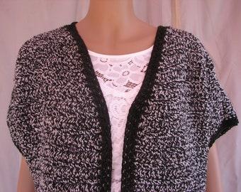 Crochet Black and White Varigated Short Sleeve Sweater