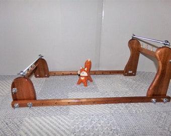 Expandable Upright Wood Bead loom #976