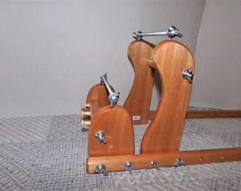 Expandable Upright Wood Bead loom #983