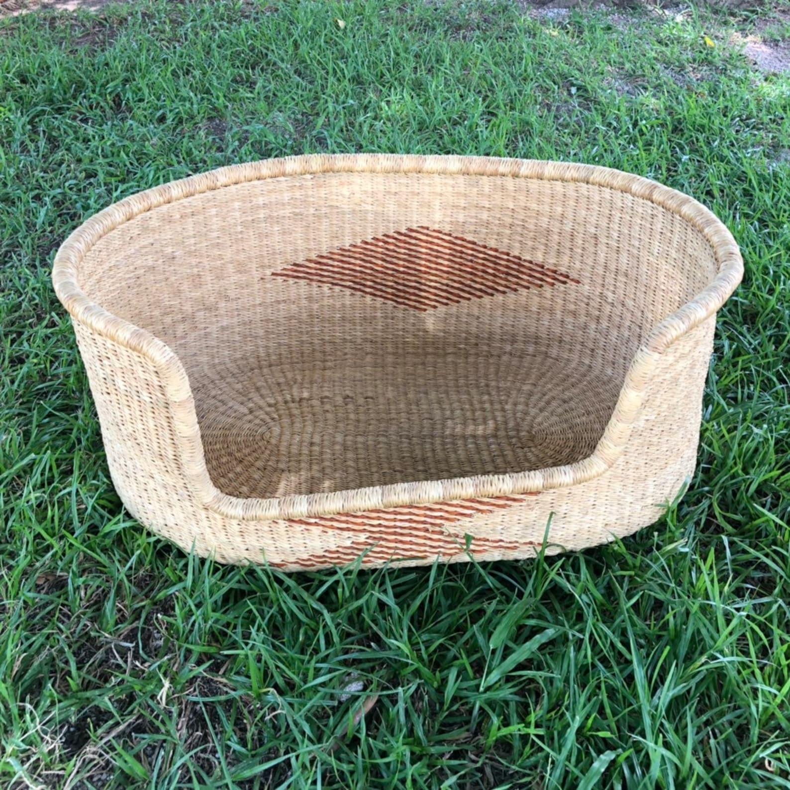 Basket style dog rattan bed
