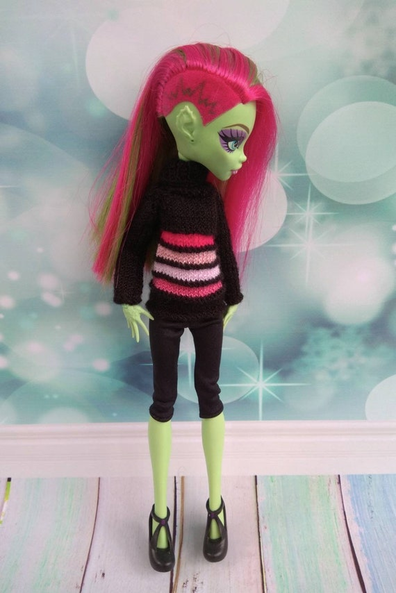 Monster High doll clothes. Hand knitted black sweater with pink stripes and black short leggings. Adorable outfit for 12 inch MH EAH doll