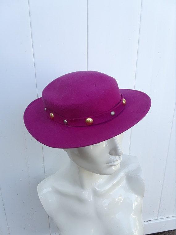 VINTAGE 1960s Hot Pink Purple Hat DOESKIN Hat SIZE