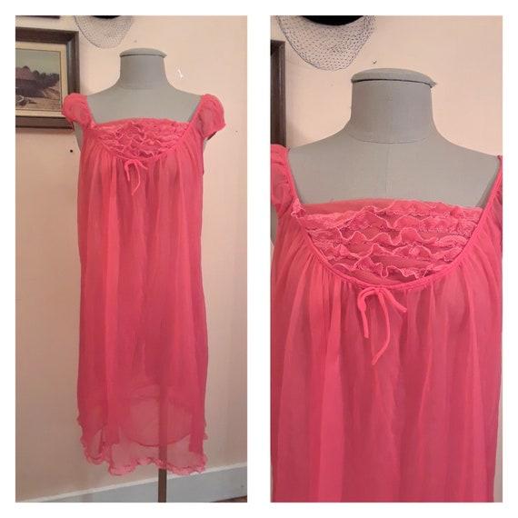 Vintage 1950s Hot Pink Nightgown Durelle SIZE Medium 1950s  979c16c14