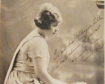 Vintage black and white photo of a Flapper Woman