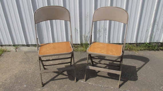 Outstanding 2 Kids Size Metal Folding Chairs By Clarin Mfg Co In Beige Caraccident5 Cool Chair Designs And Ideas Caraccident5Info