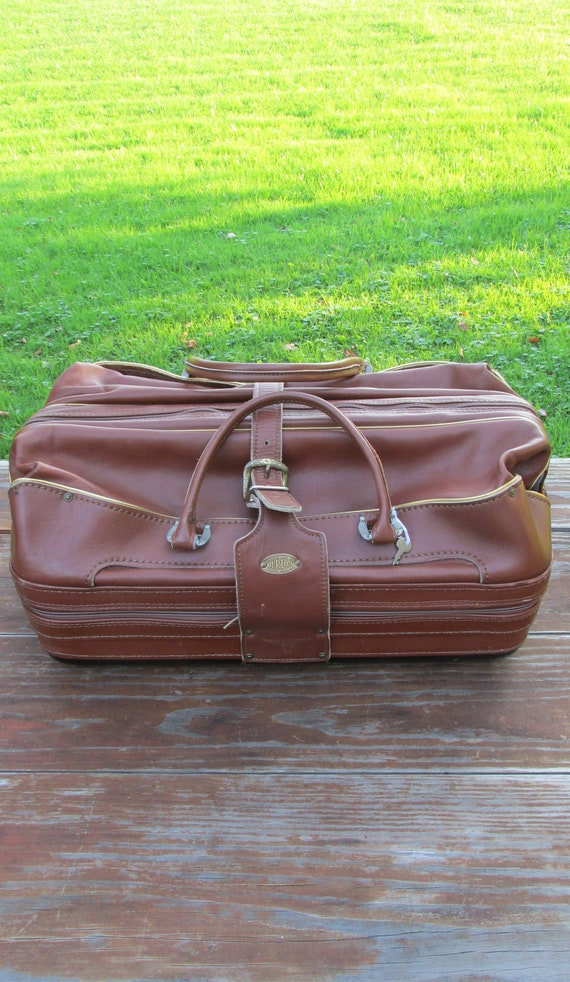 8a7f909da9 Vintage Cognac Burton Leather Duffel Carry On Travel Bag