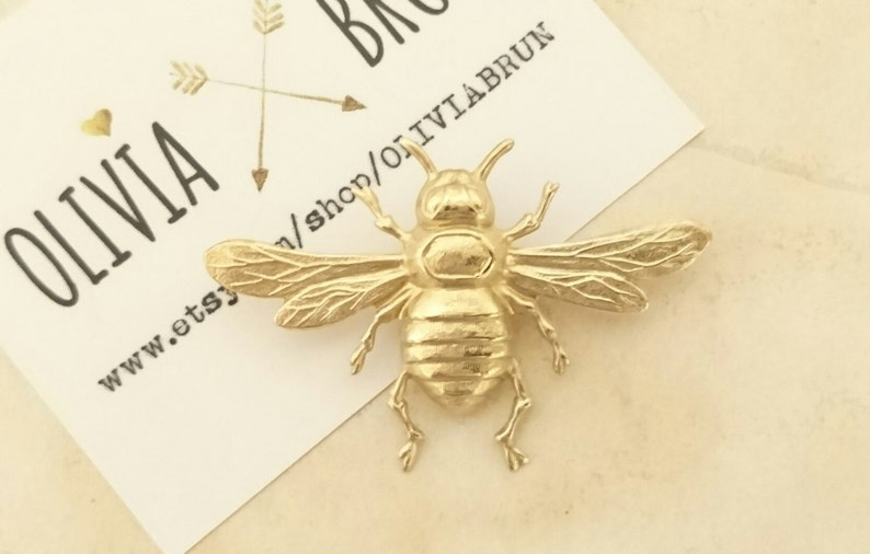 54e06e0edd8 Large Bee Brooch Gold Bumble Bee Tie Tack Gold Bee Lapel Pin