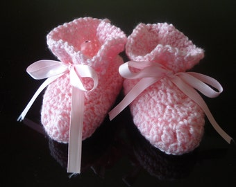 5 Sizes for NICU Micro Preemies Baby Girl White Booties with Pink Satin Ribbon Rose Bow Preemie and Newborn Babies up to 0-6 Months.