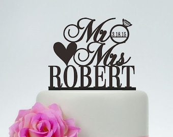 Wedding Cake Topper,Custom Cake Topper,Mr and Mrs Cake Topper With Last Name and Date,Unique Cake Topper,Personalized Cake Topper C083