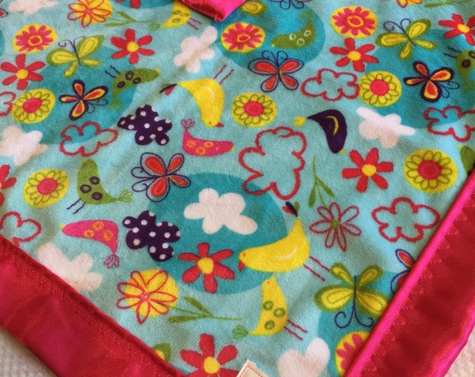 Travel Babyblanket, Silky Blanket, Lovey. This blanket messures approx 20X20. Perfect for car seat, stroller, & on the go.