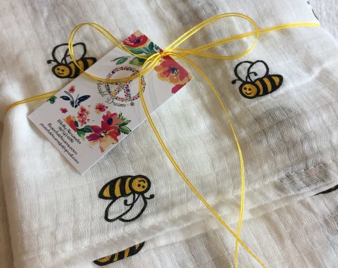 Double gauze swaddle, Muslin swaddle, bumble bee swaddle blanket, newborn, light weight breathable baby blanket 45x45, ready to ship