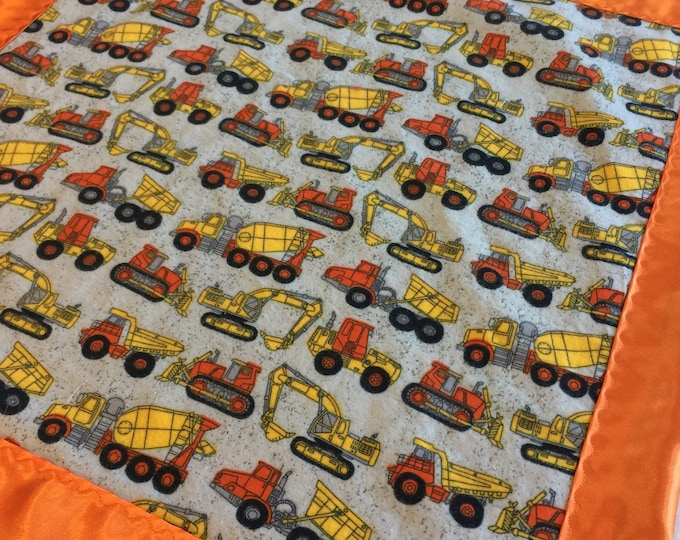 Custom listing 30x40 flannel tractor, backed and edged with silky